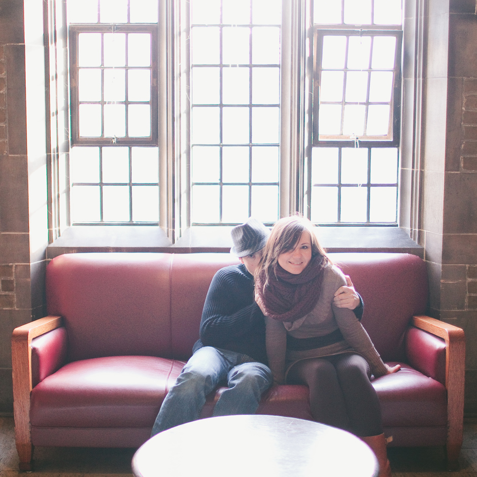Toronto Engagement Photographer : couple sitting together