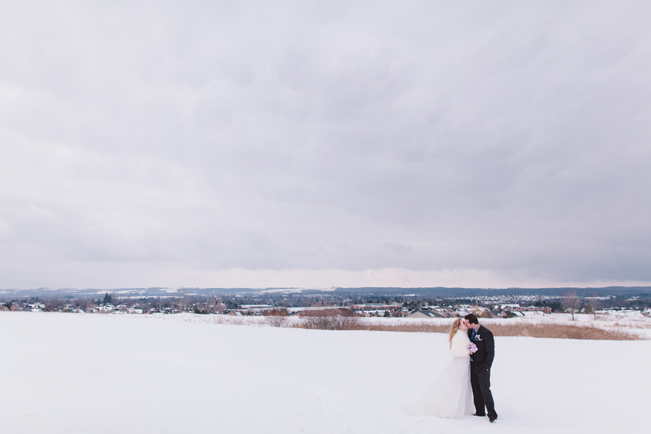 Toronto Wedding Portrait Photo in the winter