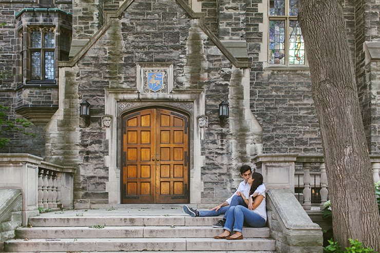 Toronto Engagement pictures at U of T