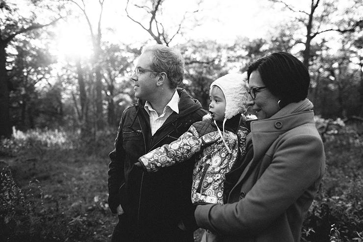 toronto-black-and-white-photos-family-photographer